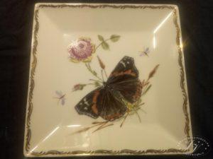 Hranatý Talíř Motýl