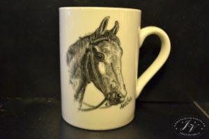 Hrnek Kůň