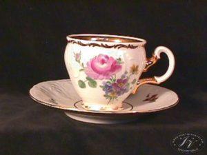 Kávový šálek Květy Bernadt