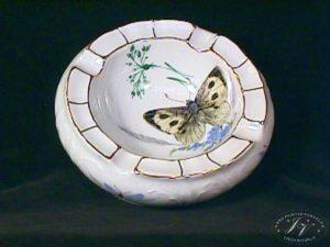 Popelník Motýl